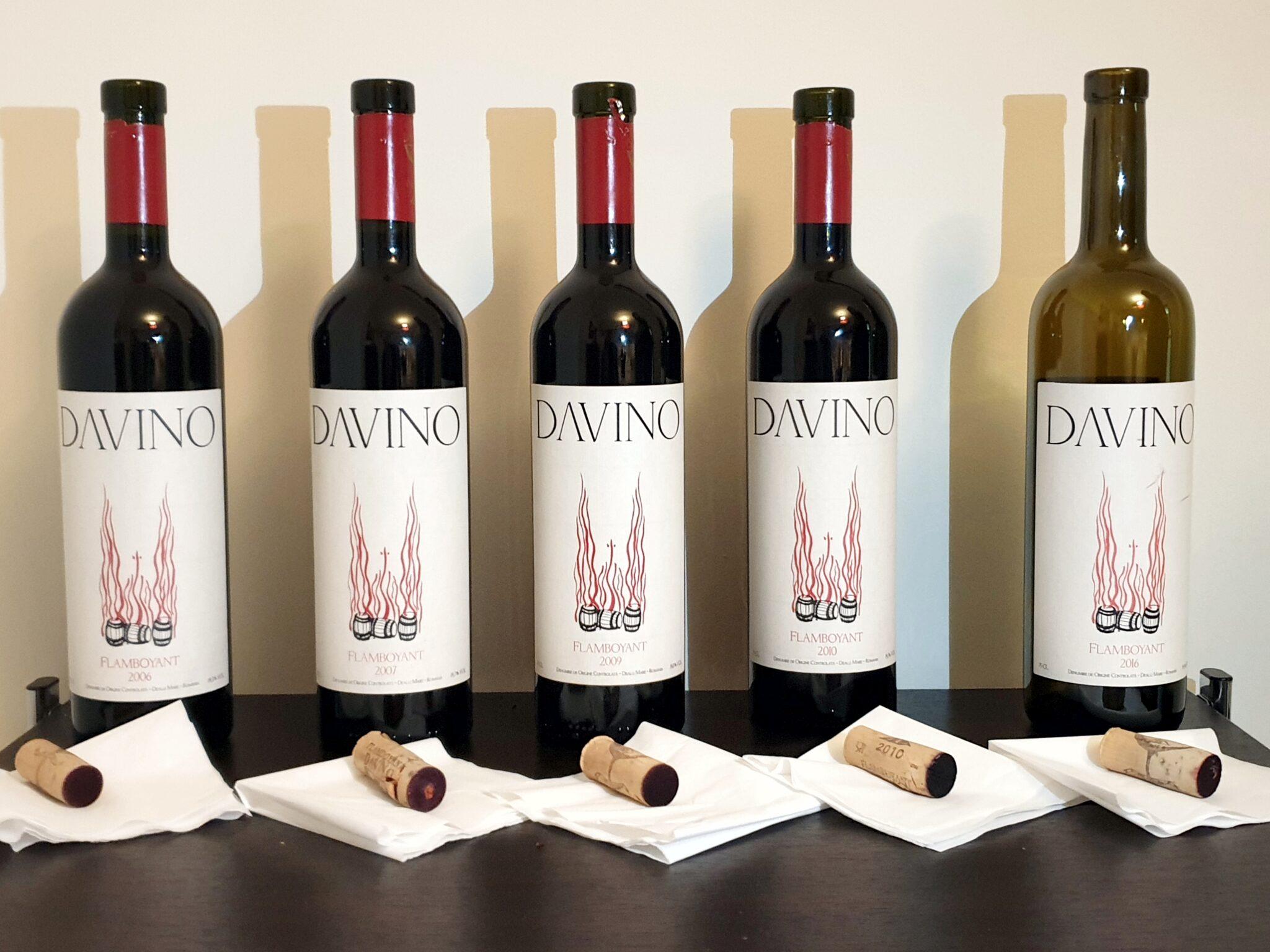 vinuri datând ozon 50 de ani femeie datând de 65 de ani